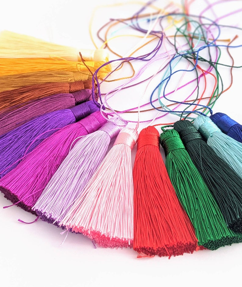 15 colours available 1 x gorgeous long tassel of your choice