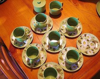 Oneida Green Daisy Melamine Tea Cups, Saucers, Creamer and Sugar Bowl