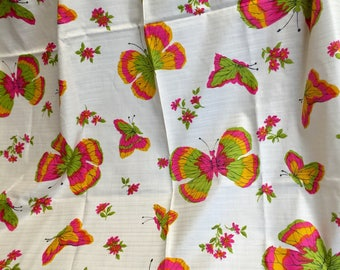 Made in USA Vintage 1972 Ameritex abstract floral crepe fabric 47 inches x 4 yards.