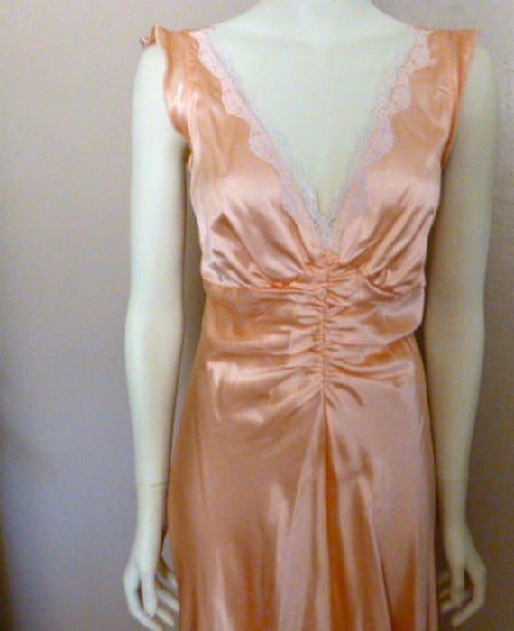 Vintage Fredericks of Hollywood Silky Peach Nightg