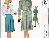 """1940s Girls' Two Piece Suit w/ Jacket, Skirt and Blouse - Size 12 Breast 30""""- McCall 6823"""