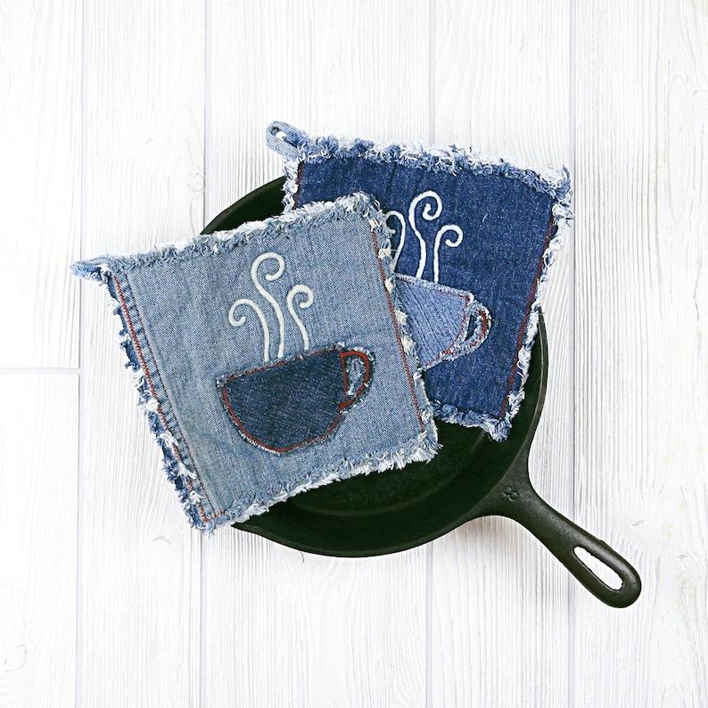 Denim potholders upcycled denim potholders set of two pot holders farmhouse shabby chic eco-friendly hot pads Blue Jean hot pads