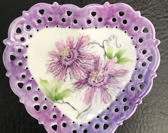 Passion flowerheart shaped candy dish