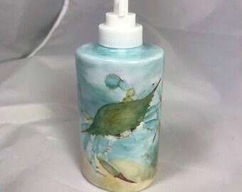 Crabby soap dispenser
