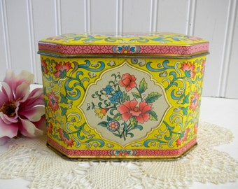 Daher English Tin / Floral /  London / Yellow / Home Decor / Trinket Box / Container