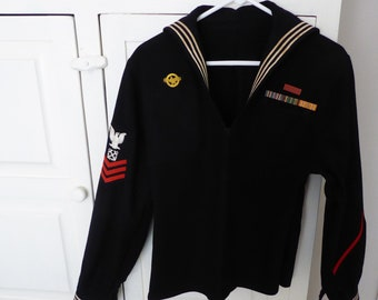 b18a6572d459 Vtg WWII US Navy Wool Uniform Top w  Decorations Small Size 1940s  Collectable Militaria