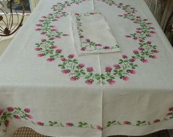 """Vtg Embroidered Ivory Linen Tablecloth w/Six Napkins Pink and White Clover Green Leaves 65""""Lx50""""W"""