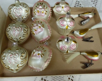 vtg box of 12 christmas mercury glass ornamentsmade in czech republic 9 ornaments 3 birds pink gold white - Mercury Glass Christmas Decorations