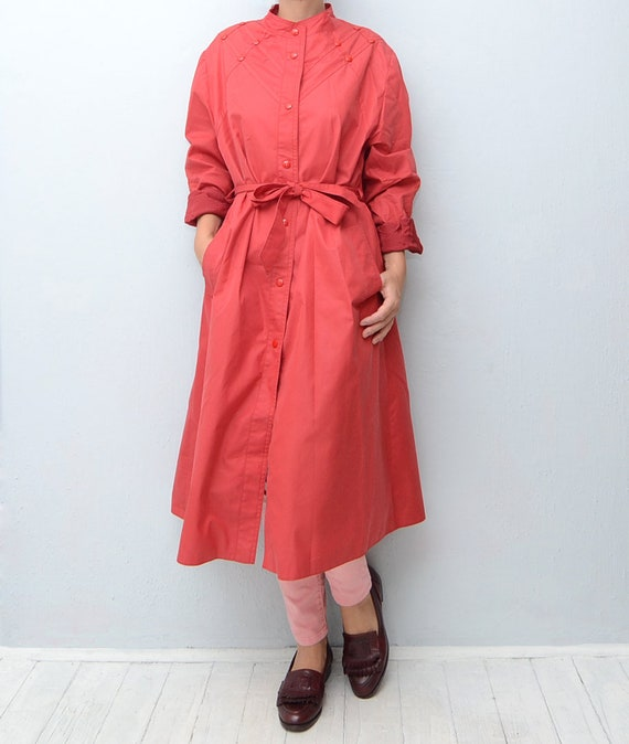 browse latest collections big selection of 2019 release info on Vintage red 80s women trench coat / rain mac maxi outerwear