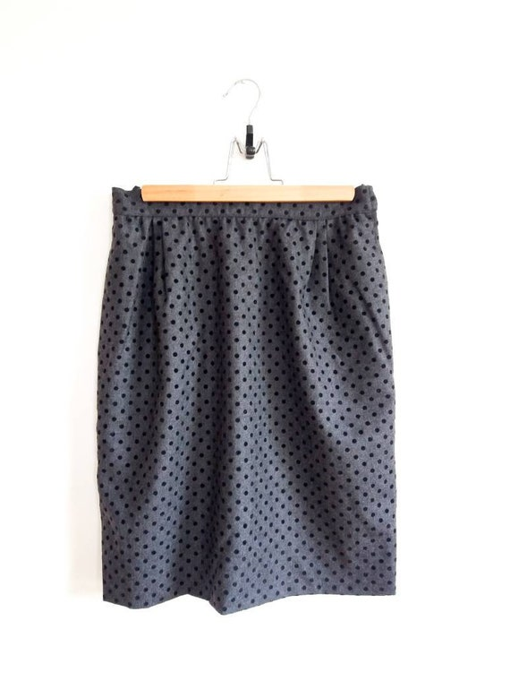 VALENTINO vintage grey mini skirt black dots // Va