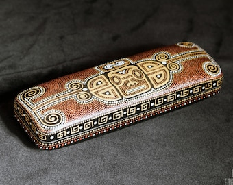 43da89099e1f Mayan hard glasses case