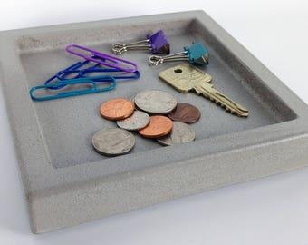 Concrete Valet Tray / Coin Tray / Catchall Tray / Key Tray / Pocket Dump Tray / Change Dish / Nightstand Tray / Modern Desk / Square Tray