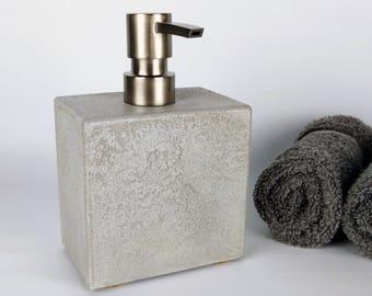 Grey Concrete Soap Dispenser / Soap Dispenser Pump / Soap Dispenser Kitchen / Soap Dispenser Bathroom / Soap Dispenser for Sink / Modern