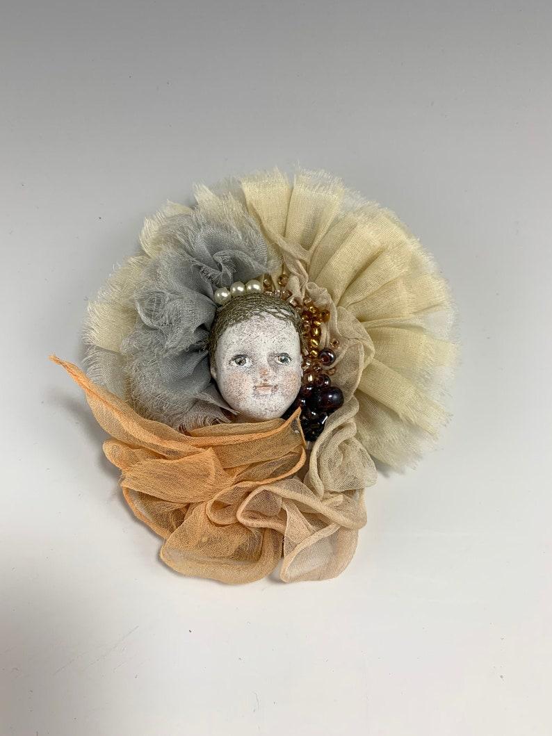 Souvenir pin by NIADA Artist Svetlana Rudoy image 1