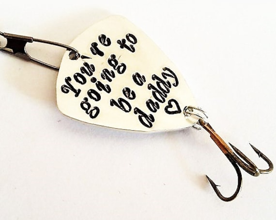 Daddy to be fishing lure, husband gifts for him custom fishing hook daddy reveal personalized you're going to be a dad, handstamped present