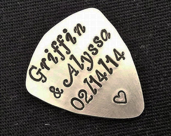 Anniversary guitar pick, names guitar pick, musician gift for him, personalized keepsake birthday gift boyfriend gift music lover, guitarist