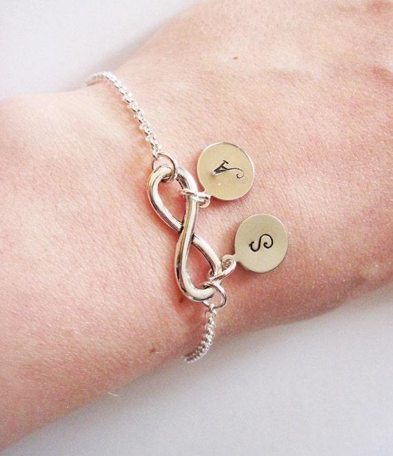 Personalized Infinity Bracelet Initials, Mother Bracelet, Infinity Initial Bracelet, Monogram Mom Bracelet, Infinity Jewelry initials charm