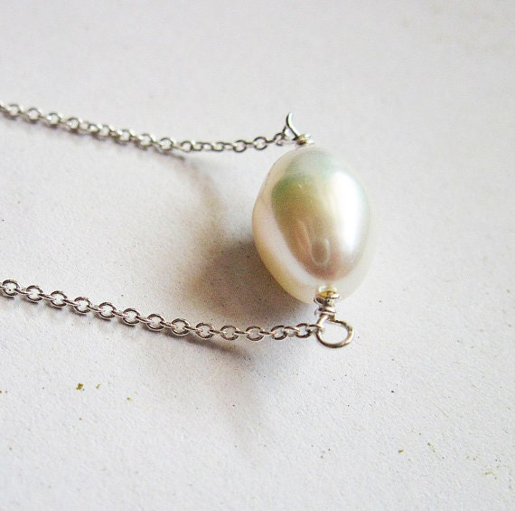 Pearl solitaire necklace, Freshwater pearl necklace, Bridal necklace Wedding, natural freshwater pearl, Sterling silver delicate chain