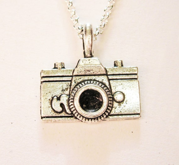 camera necklace, photographer gift, camera pendant charm necklace silver necklace, photography jewelry, minimalist necklace, simple jewelry