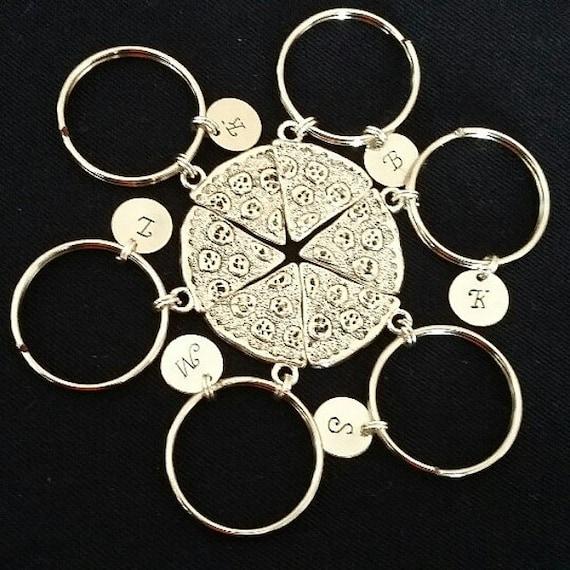 Pizza keychain, pizza friendship keychain, initial keychain, initial key fob, italian food, best friend gift, best friend keychain, jewelry