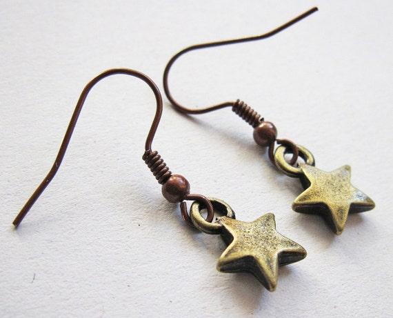 Tiny star earrings, small star charms earrings, antiqued bronze, golden star dangle earrings, cute stars, pretty star earrings, star jewelry