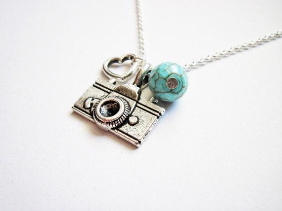 camera necklace, photographer gift, camera pendant charm necklace silver necklace, photography jewelry, travel, heart