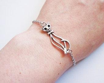 Cat Bracelet, silver cat bracelet, cat Jewelry, kitty cat Bracelet, cat silhouette, cat Charm Bracelet, cat Accessories, cat jewellery