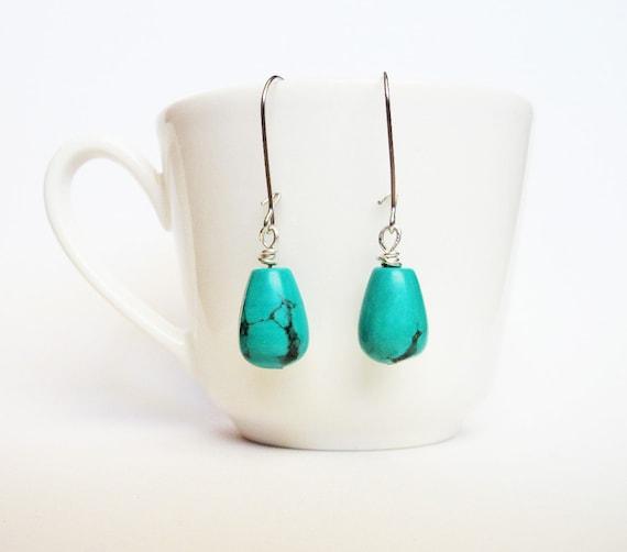 turquoise earrings, beaded earrings, turquoise dangle earrings, drop earrings, minimalist jewelry, kidney wire earwires, turquoise ear rings