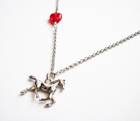 Horse Necklace, Heart horse necklace, girl necklace horse, equestrian horse necklace jewelry, silver horse necklace, horse pendant