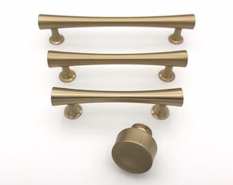 Emma Round Champagne Bronze Cabinet Knob and Drawer Pulls