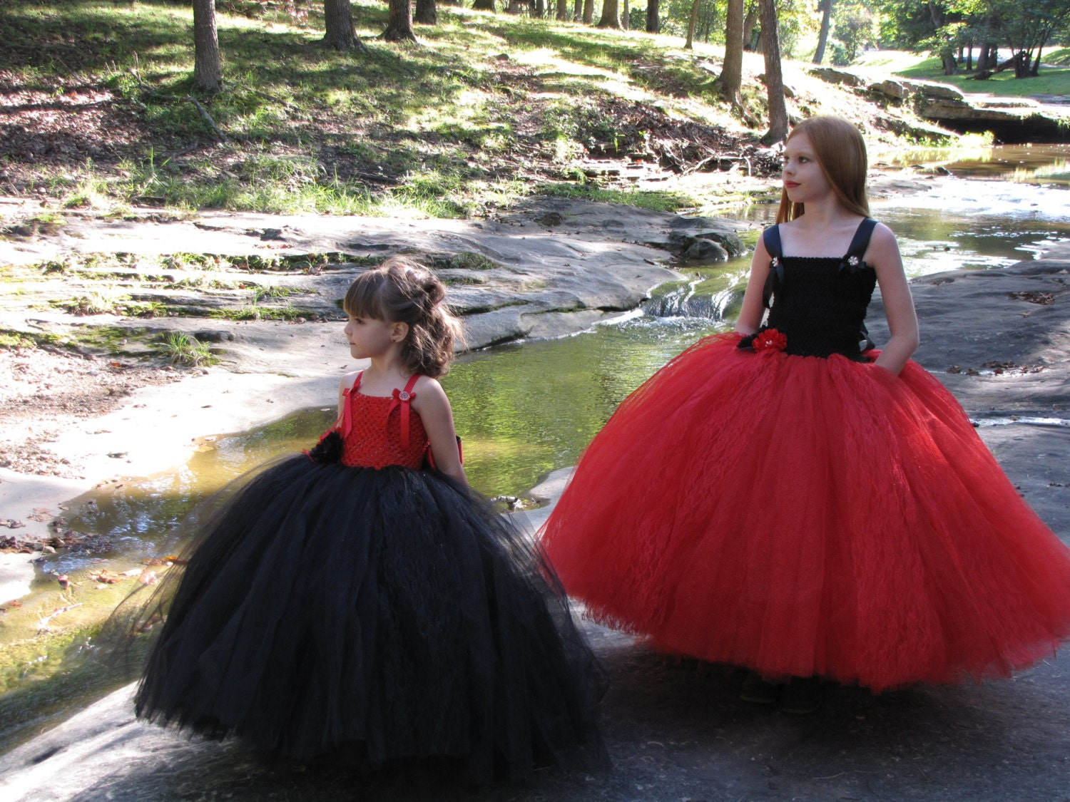 Girls red and black Tulle flower girl dress girls lace and  11c2340e598a