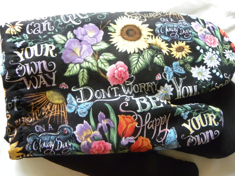 Don/'t Worry Be Happy Lyrics Classic Rock,You Can Go You Own Way I/'ve got Sunshine Black Oven Mitts Pot Holders Flower Pots Oven Mitts