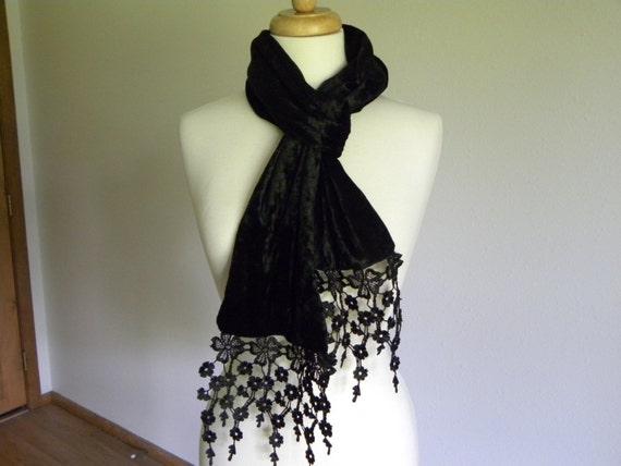 Echarpe en velours noir victorien deuil velours long foulard   Etsy 9d67ba08bb9