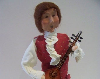 man with mandolin Byers Choice Williamsburg figure
