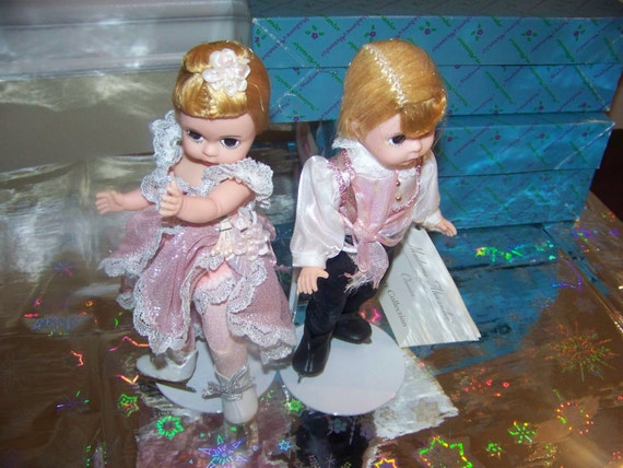 Lot of 4 Wrapped Presents Pink Foil   Doll Accessories  by Madame Alexander New