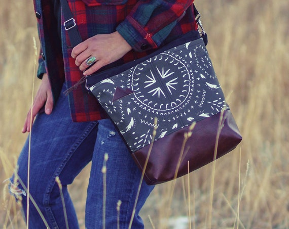 Large crossbody/Charcoal bohemian tile print=2 front pockets/Black canvas back/Black zipper/Black adjustable nylon strap/MT or Mountain