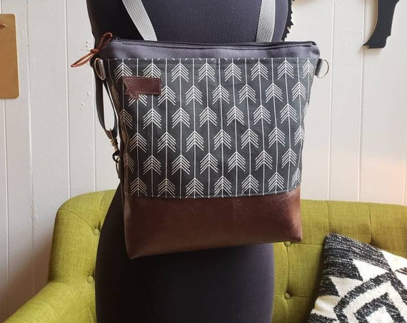 Convertible backpack crossbody/Black & white feathered print=2 front pockets/Vegan leather/Graphite gray bull denim shell/Black zipper