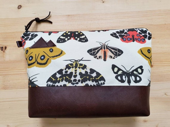 Travel bag/Moody moth print front and back/Flat bottom/Black zipper/Montana or mountain patch