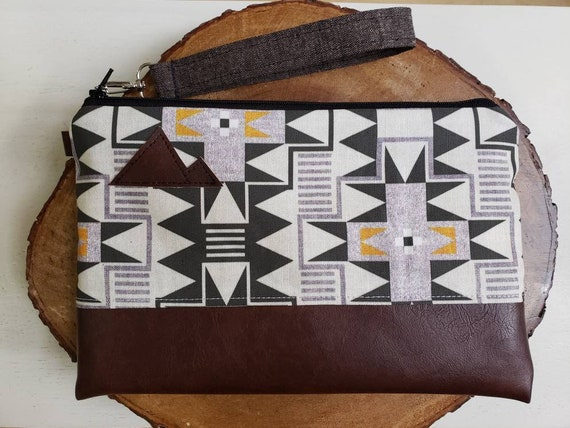 Wrstlet Grab & Go Clutch/Westward print front and back/Black zipper/Montana or Mountain patch