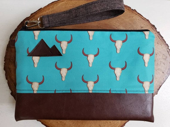 Wrstlet Grab & Go Clutch/Teal desert print front and back/Black zipper/Montana or Mountain patch