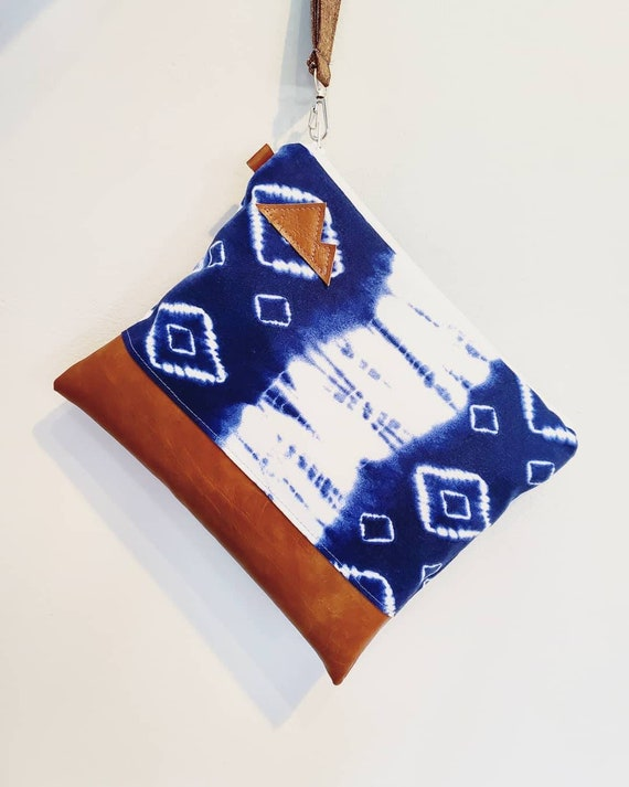 Wristlet clutch/Navy & white shibori print front and back/Vegan leather/Mountain or Montana patch/White zipper/Made to order