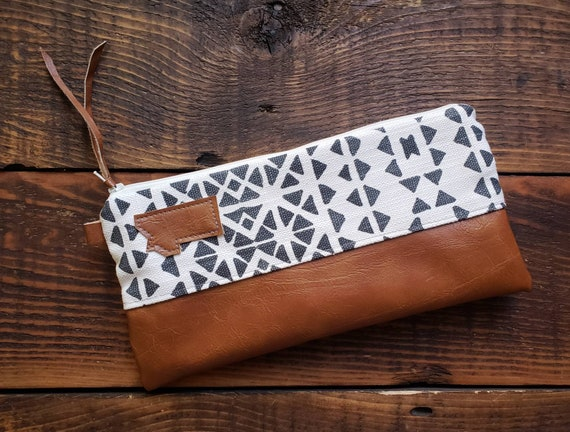 Wally clutch/Santiago print front and back/White zipper/Vegan leather details/Choose Montana or Mountain patch/ Montana bags