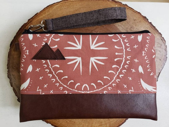 Wrstlet Grab & Go Clutch/Rust bohemian print front and back/Black zipper/Montana or Mountain patch