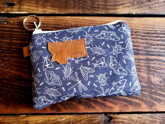 Coin pouch/credit card pouch/Navy bugs print front and back/Natural canvas liner/White zipper/Choose MT or Mountain patch/Vegan leather