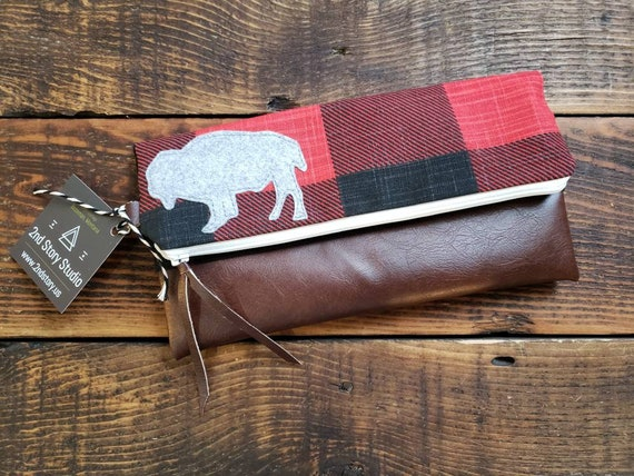 Bison foldover Clutch/Buffalo check black&white/Gray canvas reverse/Vegan leather details/Wool felt bison/White zipper/Made in MT