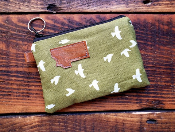 Coin/credit card pouch/Olive green for the birds print on front and back/Natural canvas liner/Black zipper/Mountain or Montana