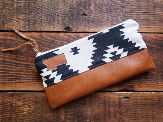 Wally clutch/Black & white SW print front and back/White zipper/Vegan leather details/Choose Montana or Mountain patch/ Montana bags