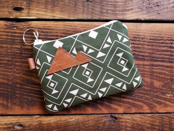 Coin pouch/credit card pouch/Forest print front and back/Natural canvas liner/White zipper/Montana or Mountain patch/Vegan leather
