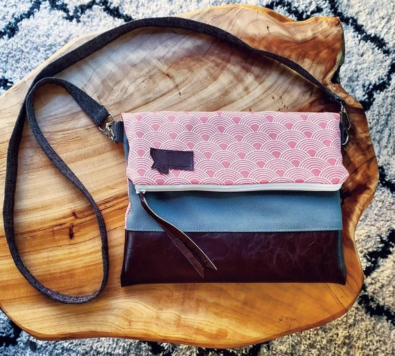 Foldover Crossbody/Pink scallop waves/Montana or Mountain Patch/Vegan leather details/white zipper/Montana bags/Made in Montana/Vegan gifts