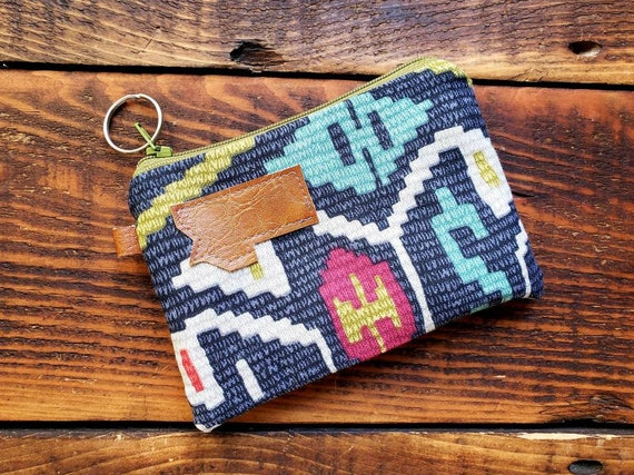 Coin/credit card pouch/Persian print front and back/Natural canvas liner/Green zipper/Mountain or Montana patch